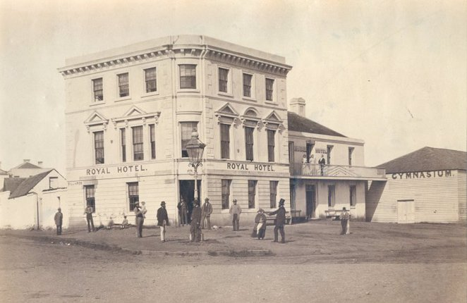 Royal Hotel, corner Robe Street and the Esplanade, 1864