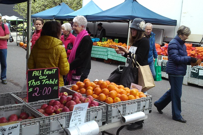 southside farmers market, canberra, farmers market, fresh food, vegetables, fruit, seafood, narooma seafood, pie day, ACT