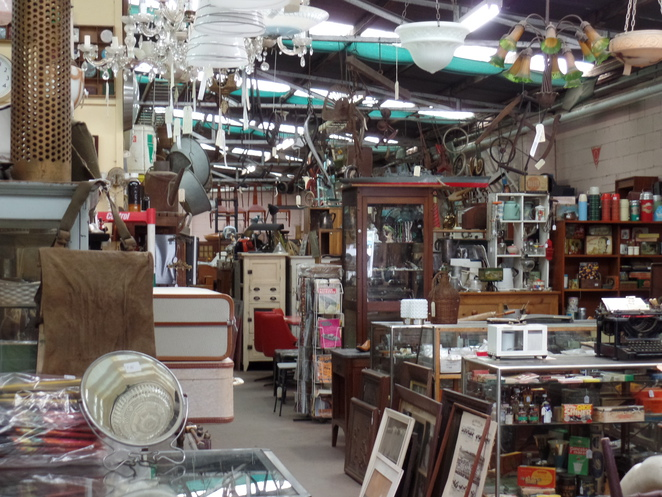 The Lost Ark Antiques and Collectables