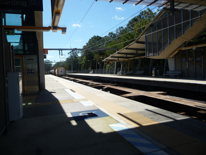 trains hinterland sunshine coast brisbane