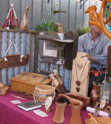 Colonial Woodcrafts handmade under the stars market Cobb & Co