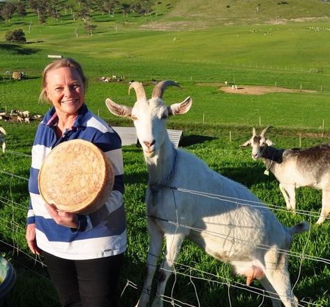 Denise and Petal. Photo from Hindmarsh Valley Dairy website.