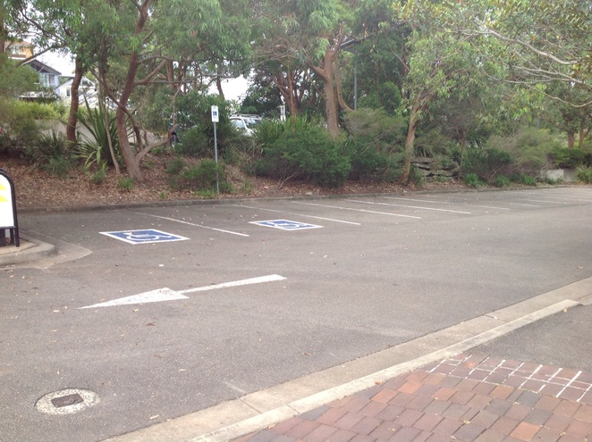 Disabled parking facilities manly point park