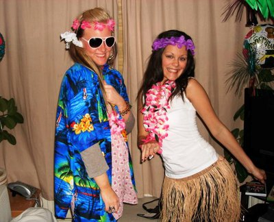 hawaiian party, decorations, party decorations, hawaiian party dress up, hawaiian costume, hawaiian outfit