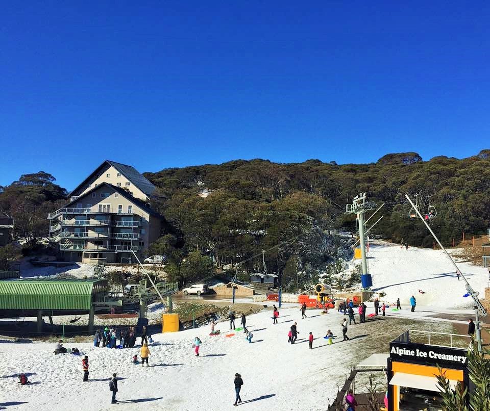 Best Places For Holiday In June: 7 Places To Enjoy Snow Near Melbourne
