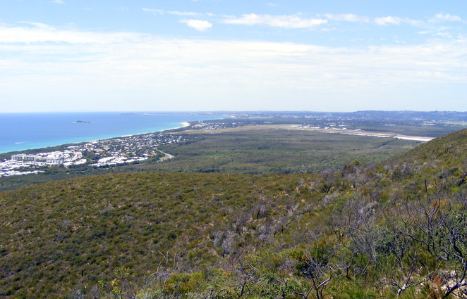 The Sunshine Coast has lots of places for camping by the beach