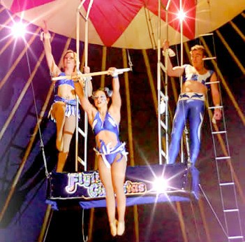 aerialists,lennon brothers circus