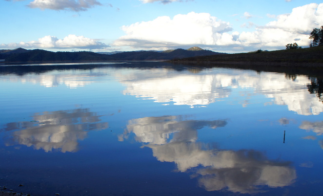 There are many beautiful lakes in South East Queensland