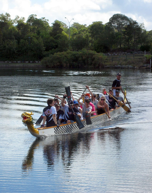 People trying dragon boating for free at Forest Lake