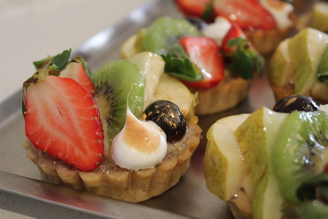 fruit tarts, dolce classico, gold dust, patisserie, walkerville cafe