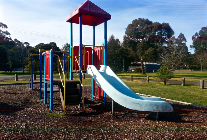 Gellibrand, Parks in Gellibrand, Toilets Gellibrand, Otways, Rex Norman Park, Rex Norman Playground, Gellibrand Playgrounds, Playgrounds near the otways, picnic spots, playground slide, kids slide, colourful slide, colourful,