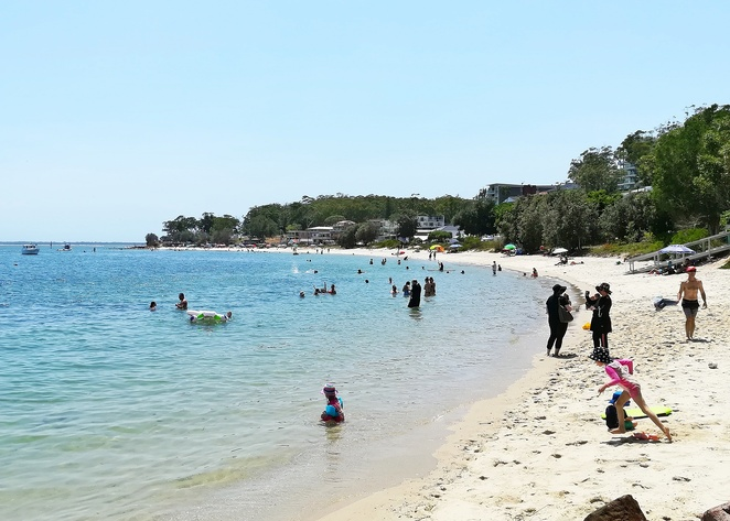 little nelson bay beach, outdoor fitness stations, exercise, free, gyms, outdoor, fitness, gym stations, seniors, tourists, free gyms, swimming, safe, bays, port stephens, NSW,