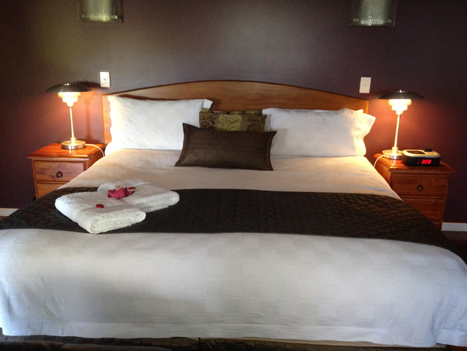 luxury king sized bed