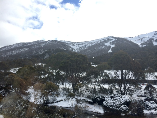 NSW ski resorts, snow near Canberra, skiing near Canberra, Canberra winter activities, snowy mountains, which ski resort should I visit, thredbo