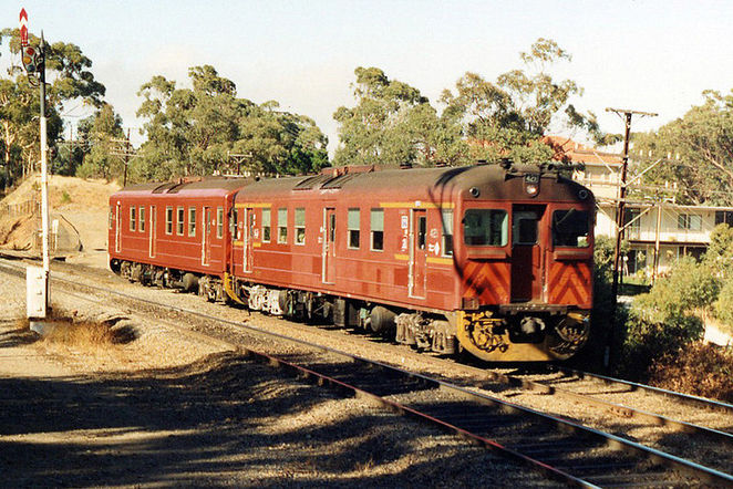 redhen, trains, adelaide trains, national railway museum
