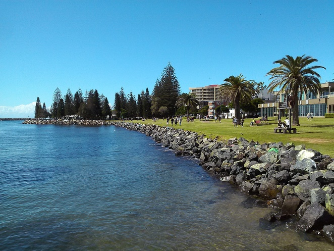 town green, port macquarie, walks, cafes, town centre, tourist attractions, scenic walks, things to do, families, kids, seniors,