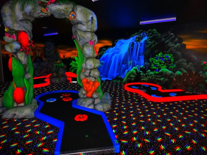 triassic, canning vale, dinosaur, play centre, mini golf, glow in the dark, backlit golf,