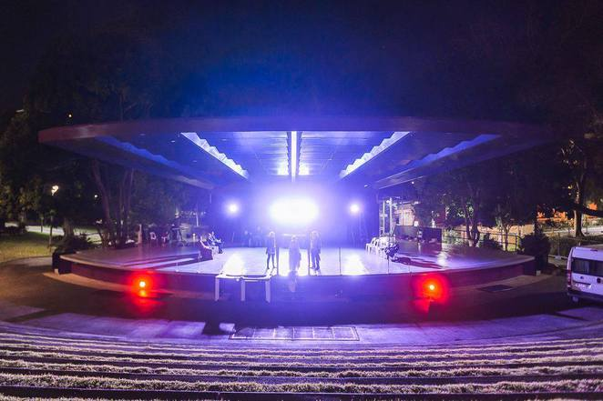 Photo of rehearsals at the amphitheater at the Roma Parks courtesy of QSE