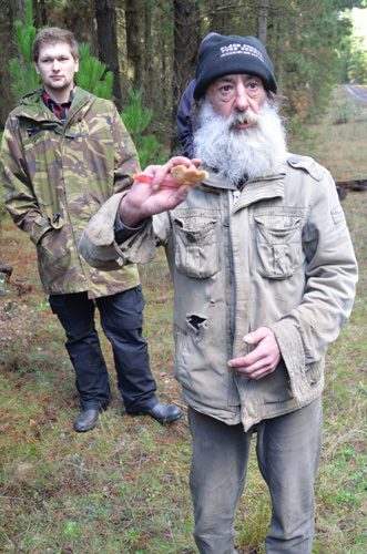 Victoria Macedon Ranges Melbourne Olive Jones of Macedon Mushroom Ramble Country Day-out Families