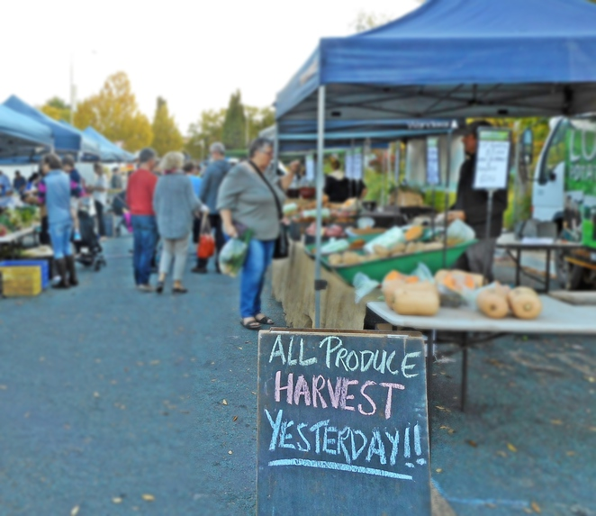 farmers and foodies market, kingston foreshore, canberra, ACT, foodies, vegetables, farmers markets,
