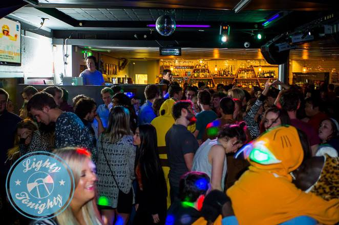 lighthouse pub, belconnen, canberra, ACT, nightlife, beer gardens, pubs, bars, nightclubs, best pubs, pub food,