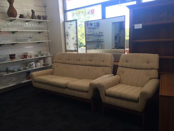 Op Shopping, Adelaide, Salvos, Second Hand, Cheap, Furniture, Clothes, Electronics, Cameras, Vintage, Antique, Retro, Magill, Eastern Suburbs, Magill Road, Glynburn Road, Fashion