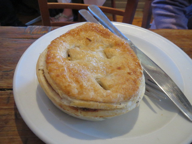 Red Mill Bakehouse, Chunky Pepper Steak Pie, Adelaide