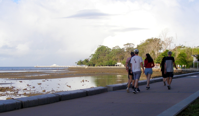 Walking from Sandgate to Shorncliffe along the shore front