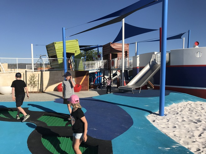 shipwreck park, sienna wood new playground, hilbert playgrounds, hilbert dog park, parks sienna wood, best parks in perth, pirate playgrounds,