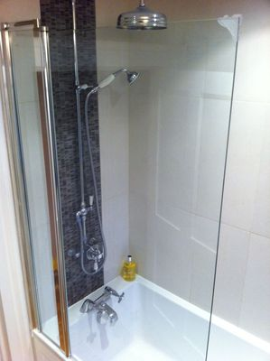 shower screen, bathroom, design