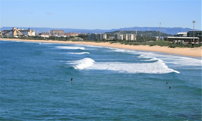 Steamers Bar and Grill Wollongong, lighthouse Wollongong