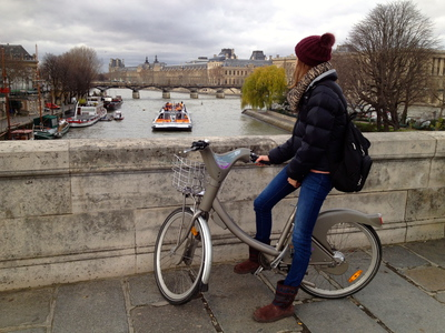 Velib cycling in Paris (c) JP Mundy 2012