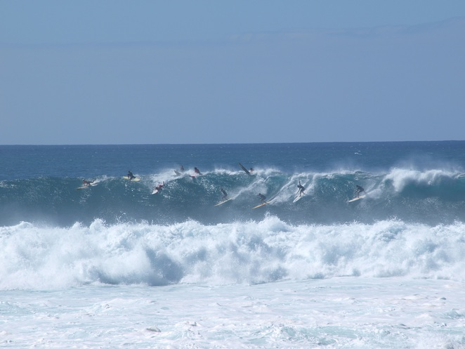 big wave surfers, waimea bay, hawaiian waves, waimea bay hawaii, waimea bay surf, best hawaii beaches, hawaii best beaches, beaches in hawaii, surfing big waves
