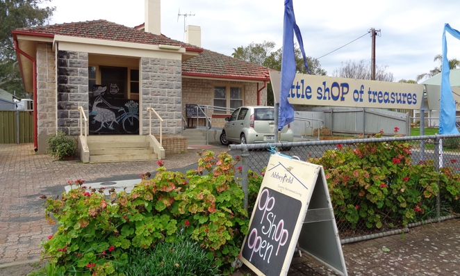 Williamstown op shop Barossa shopping Valley Little shop of treasures