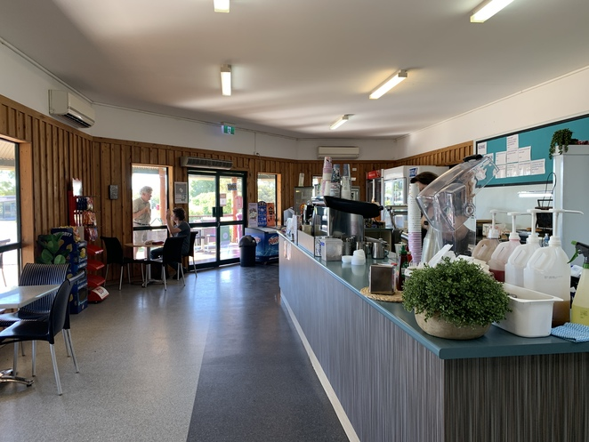 Injune Visitor Information Centre, Injune, Carnarvon Gorge National Park, Heated swimming pool, Library, Café On Second,