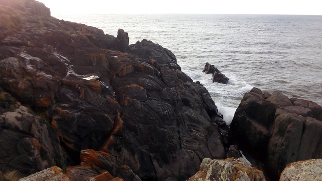 cliff, ocean, devonport, mersey bluff, waves