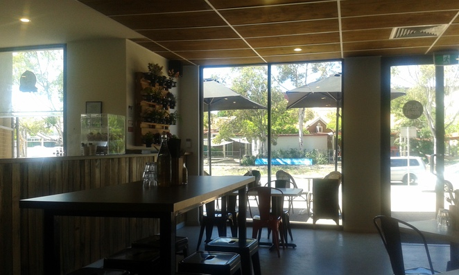 lazy mays, canberra, tuggeraong, cafes, breakfast, lunch,
