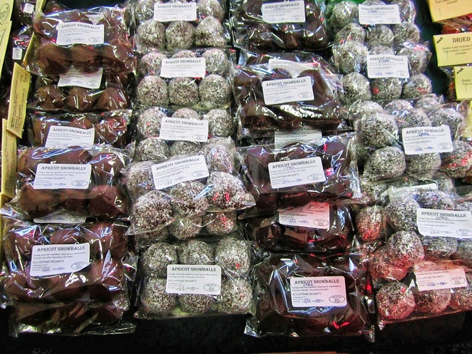meadows, meadows country market, meadows market, market stalls, markets in adelaide, adelaide hills, meadows memorial hall, battunga country, meadows country fair, dark chocolate