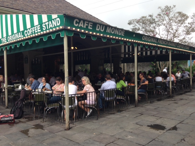 new orleans, the big easy things to do in NOLA, bourbon street, super dome, ponchartain lake, louisiana, road trip