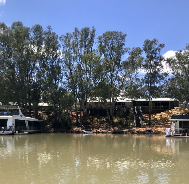 Moor your boat at the Woolshed Brewery, Wilkadene