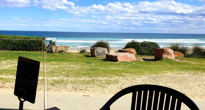 Jews, beachfront, cafe, family, casual, breakfast, lunch, Birubi, Port Stephens