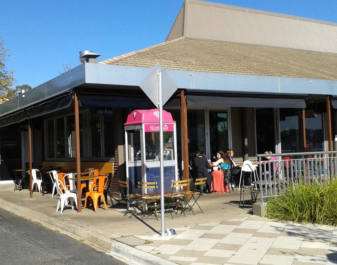 Fox and Bow Cafe, Farrer, Woden, best cafes in Canberra, ACT, funky cafes, breakfast, lunch, brunch, coffee