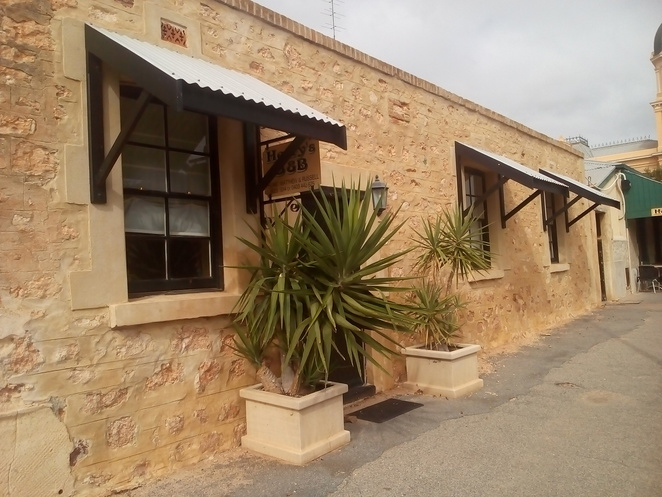 Henrys B&B, heritage accommodation, Moonta, Russell and Matthew, Bowen Bowie Photography, bed and breakfast