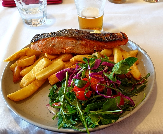 Seafood, lunch, bistro, club, views, waterfront, Wickham