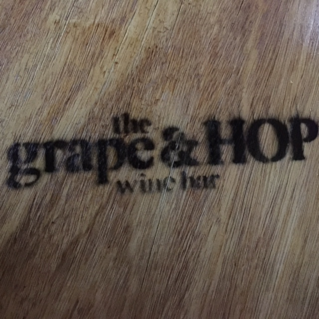 The Grape and Hop Wine Bar Melbourne : wine bar boutique wines on tap cocktails beer gard2 from www.weekendnotes.com size 640 x 640 jpeg 168kB