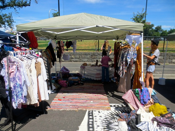 alice in wanderland, alice in wonderland, aeracura, gleadell street rag trade market, second hand clothes, recycled, upcycled, clothing, shopping, market stalls, stallholders, face painting, hair weaving