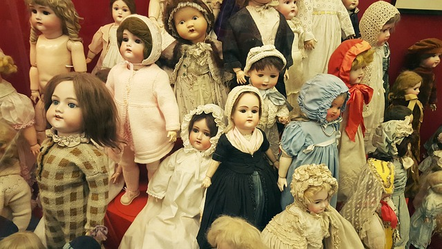 dolls, toys, exhibition, fair