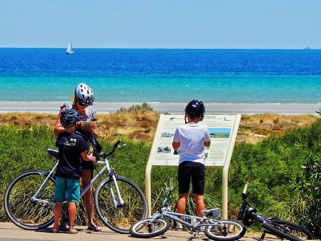 free things to do, school holidays, school holidays activities, fleurieu peninsula, activities for kids, school holidays activities, fleurieu peninsula attractions, fun things to do, victor harbor, ride a bike