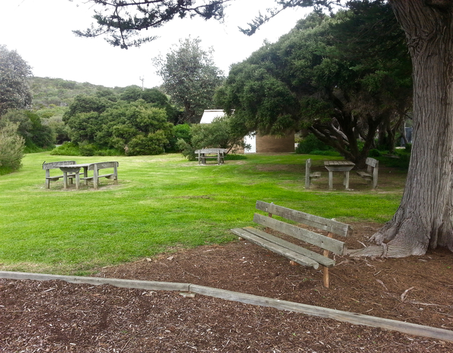 Ganes Reserve, Point Lonsdale, car park, Ocean Road, picnic spot, picnic tables,