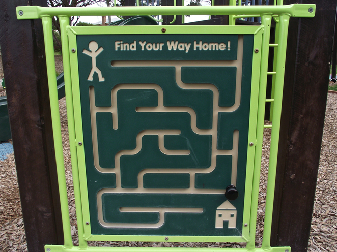 jan juc, Jan Juc creek, playground, park, grass, torquay, maze board, maze game, plastic maze,